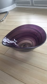 Purple glass fruit bowl Vancouver, V6B 6L4