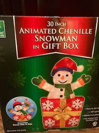 *NEW* 30 inch animated chenille Snowman in Gift box that moves side to side.  New in box   Sells for $39 Sulphur, 70663