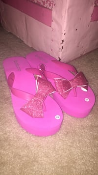 Pink Sparkly Bow Wedges Los Angeles, 90034