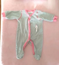 Baby outfits- Newborn/ 0-3/ 3-6 months