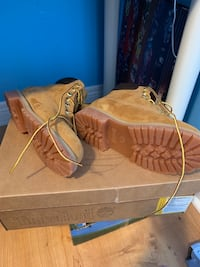 Timberlands size 2 Brand New Vaughan, L4K 5W4