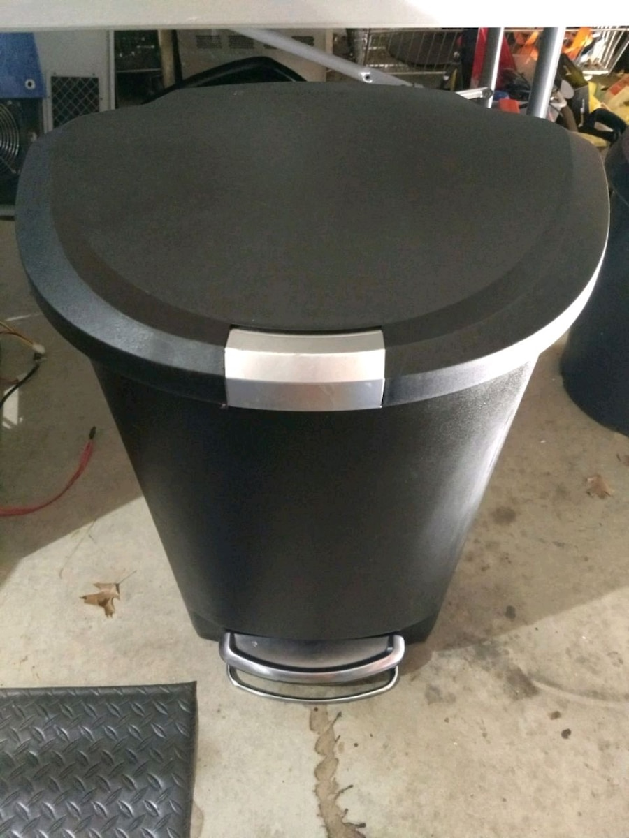 used simple human 13 gallon kitchen step trash can for sale in rh us letgo com