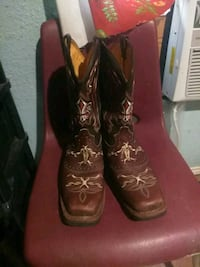 pair of brown leather cowboy boots Elsa, 78543