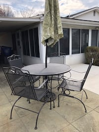 black metal framed patio table set Rockville, 20853