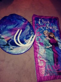 Dream tent ( as seen on tv ) and Elsa sleeping bag Evansville, 47714