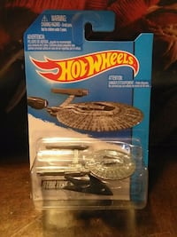 HOT WHEELS U.S.S VENGEANCE STAR TREK