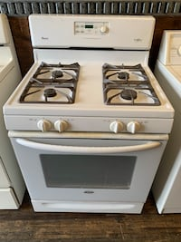 Amana gas stove in perfect working condition