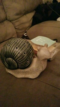 Snail scentsy warmer Salt Lake City, 84115