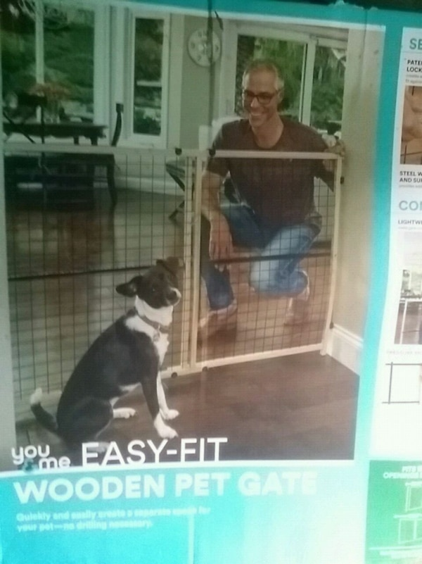 EASY FIT WOODEN PET GATE