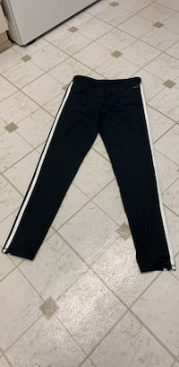 Adidas Black and white track pants Pitt Meadows, V3Y 2A4
