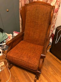 brown wooden framed brown padded armchair Chicago, 60659