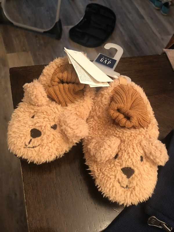on wholesale wide varieties cheap prices Used Cozy Bear Slippers for sale in Klamath Falls - letgo