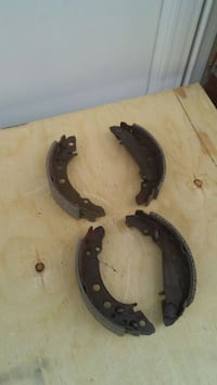 Brake shoes for VW Jetta or Golf Mississauga, L4W 3M9