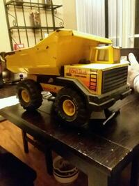 yellow and black Tonka dump truck toy Afton