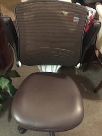 Office chair with adjustable arms Los Angeles, 90019