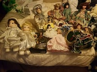 Doll collection  Knoxville, 37917