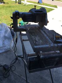 """Chicago Electric 10"""" wet saw for tile"""
