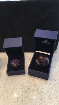 2 Swarovski crystal encrusted rings purple hues sz.55