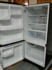 white top-mount refrigerator 926 mi