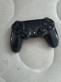 black Sony PS4 dualshock controller New Orleans, 70119
