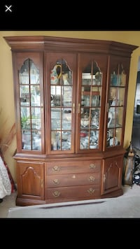China cabinet solid wood Centreville, 20120