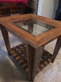 Side table / coffee table  Potomac, 20854