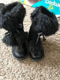 Toddler girls boots- 3 pairs- $5 each Manassas, 20110