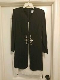 Womans black and off white dress Martinsburg, 25405