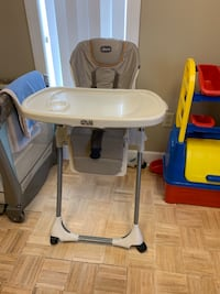 High chair (fold up) with tray