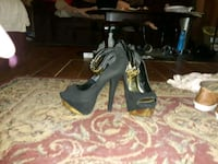 Size 9 black and gold heels Sherwood, 72120