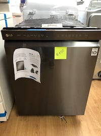 BRAND NEW Bosch black stainless steel dishwasher  Woodbridge, 22191