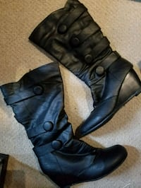 black leather knee high boots Kitchener, N2R 1A7