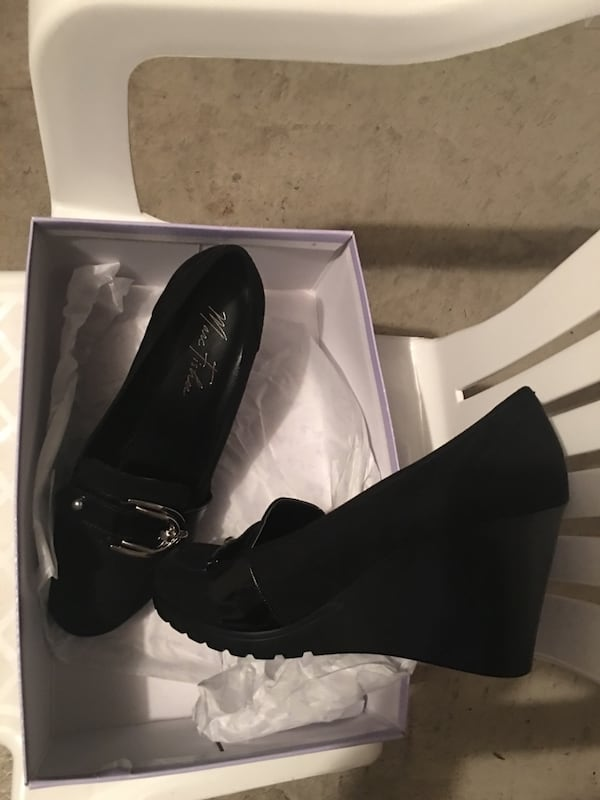 Brand new black Marc shoes. Size8 c05951b3-e6bc-4947-939f-71fcfbe78086