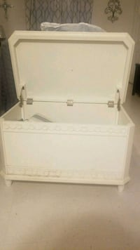 white wooden chest San Antonio, 78252