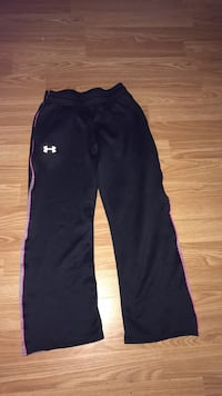Black Under Armour pants Cornwall, K6H 3L6
