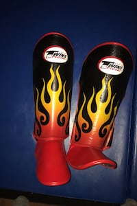 Twins flame kickboxing Thai shin and foot pads 60 obo