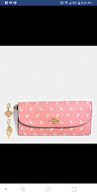 pink and white floral leather wristlet Wilmington, 28409