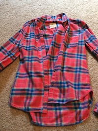 red and blue plaid button-up long-sleeved pocket shirt Powhatan, 23139