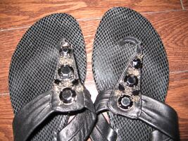 Guess Black Flip Flops Thongs Sandals