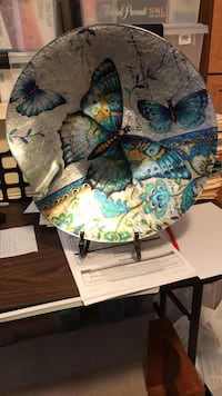 Butterfly plate with stand 15.5 inches Las Vegas, 89129