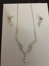 Necklace and Earring Set Brampton