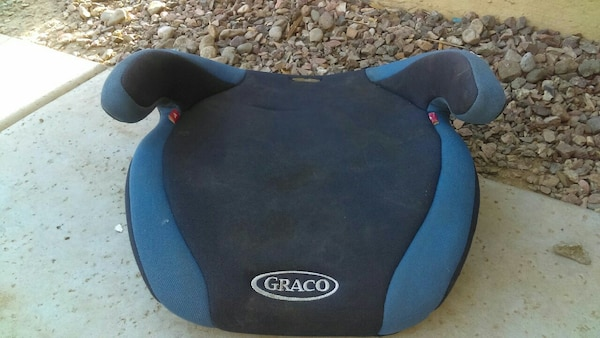 black and blue Graco swivel chair