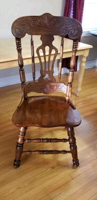 Solid Oak Dining Chairs Coffee Brown x 6 North York, M3K 2C1