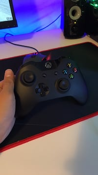Black xbox one game controller Vancouver, V5W