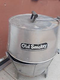 round stainless steel Old Smokey smoker El Paso, 79928