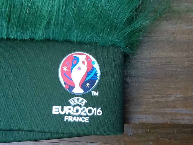 Carlsberg Beer Green Turf Head UEFA Soccer Euro 2016 France Hat - New d4d71b3e-3769-4c56-a2b0-557fc890d1e1