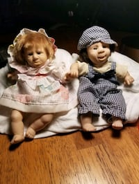 "Collectible Vintage Beautiful  Boy & Girl Bean Bag Dolls 8"" Gi-Go Melbourne, 32935"