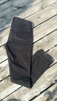 Black Denim| Uniqlo EZY Jeans Toronto, M5S 1Y3
