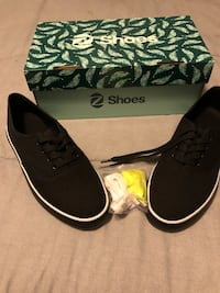 Women's Z Shoes size-8.0 Los Angeles, 90019