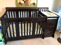 4-in-1 Crib with Changer